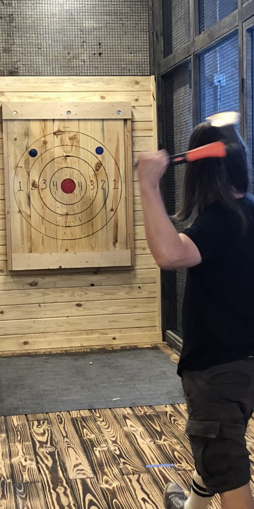 one handed axe throwing technique
